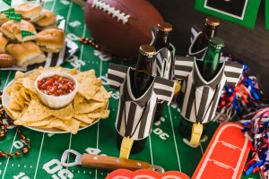 Save energy and enjoy the best game snacks without the hassle from these great Super Bowl Party ideas!
